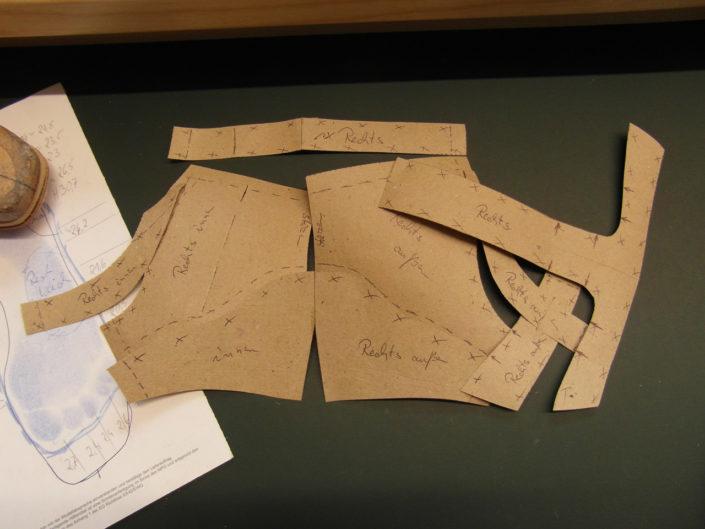 Papiermodelle für die Schuhschaftfertigung