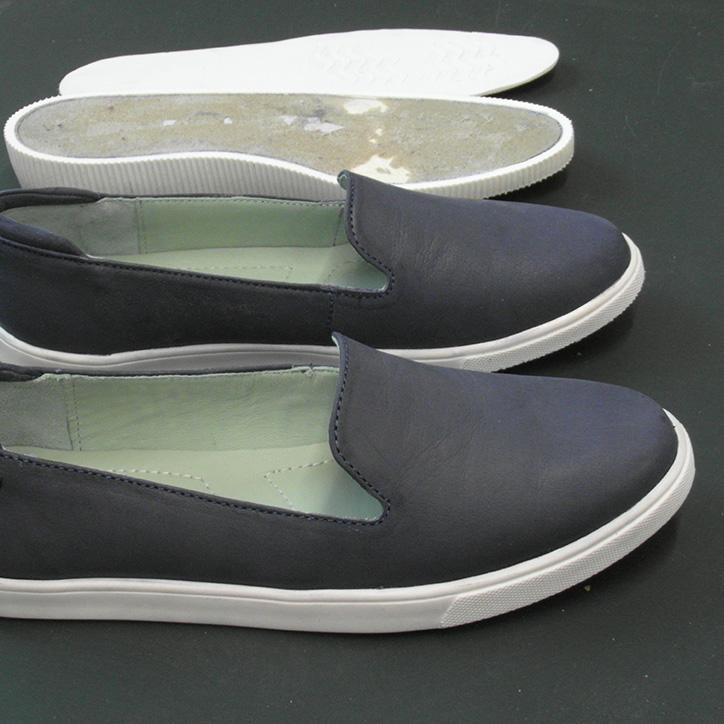 Orthopädische Schuherhöhung in Einzelteilen